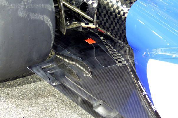 Sauber floor rear wheel