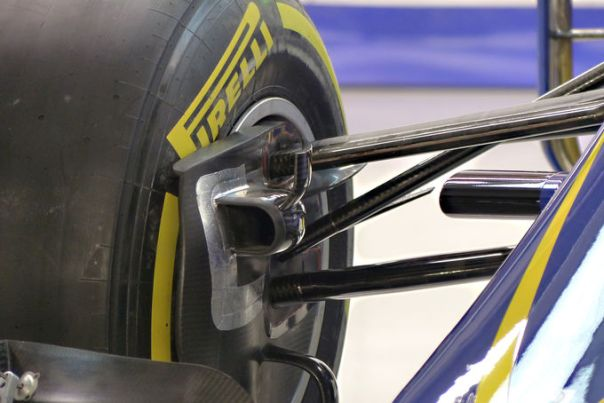 Sauber front brake duct