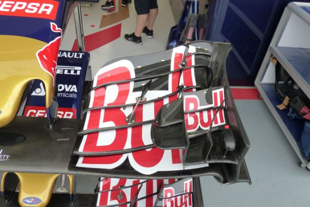 TR old front wing