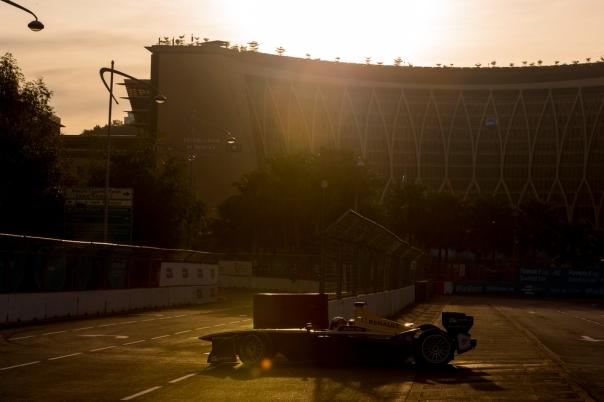 Renault sunset